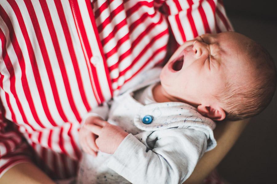 Sesja noworodkowa w domu | fotografia noworodkowa Kielce