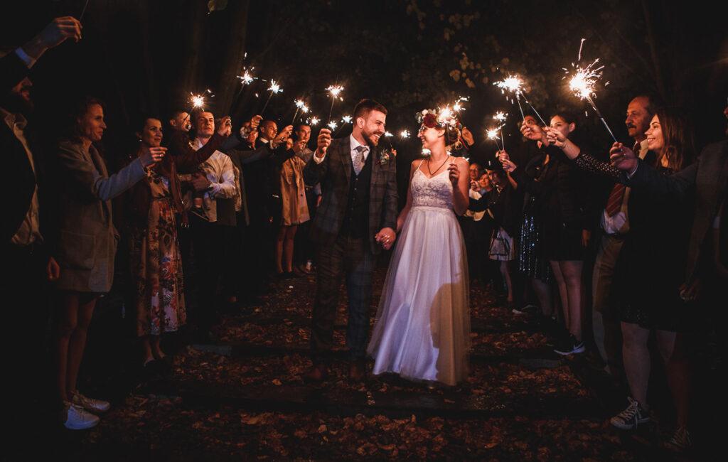 Ślub i  wesele w plenerze   Stara Kuźnia Pstrągownia   E&M